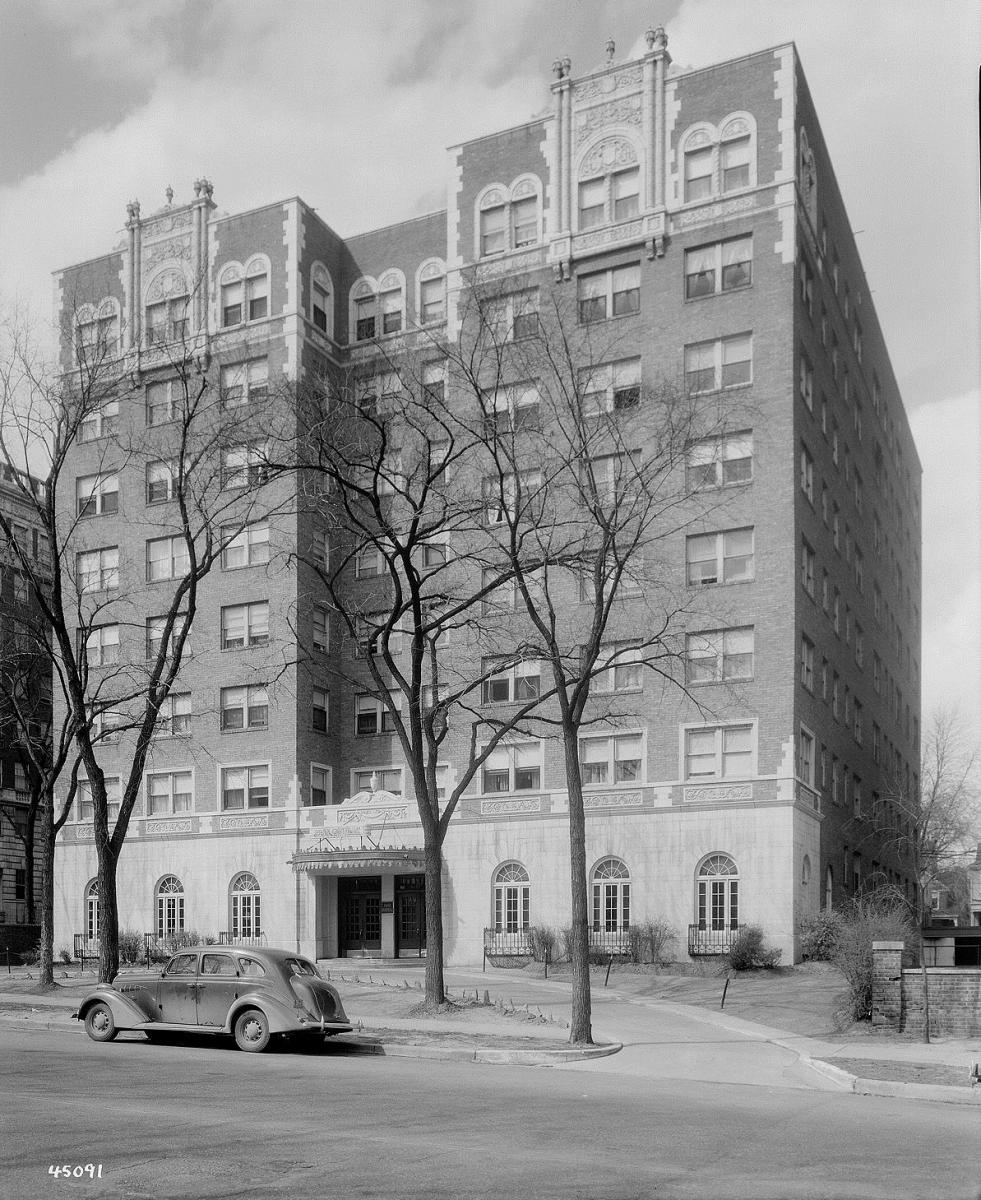 The apartment building where John Lazia and his family lived. Courtesy Missouri Valley Special Collections.
