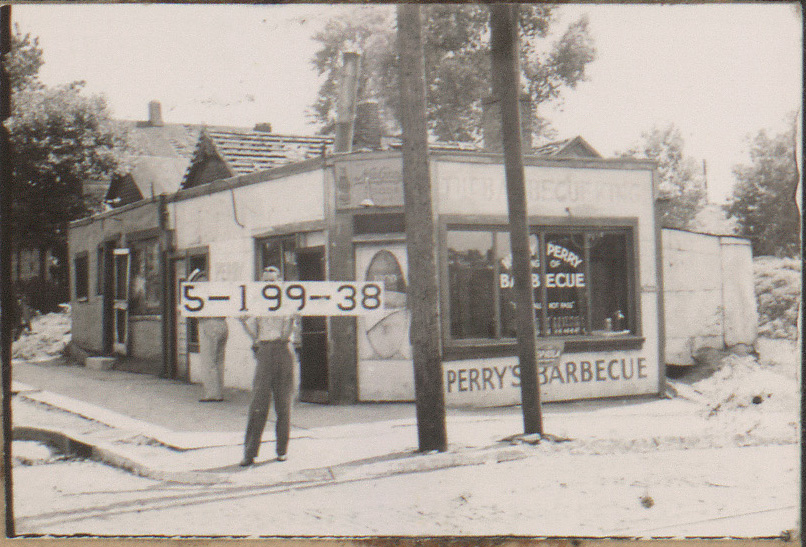 Perry S Barbecue Restaurant 1940 Courtesy Of The Missouri Valley Special Collections