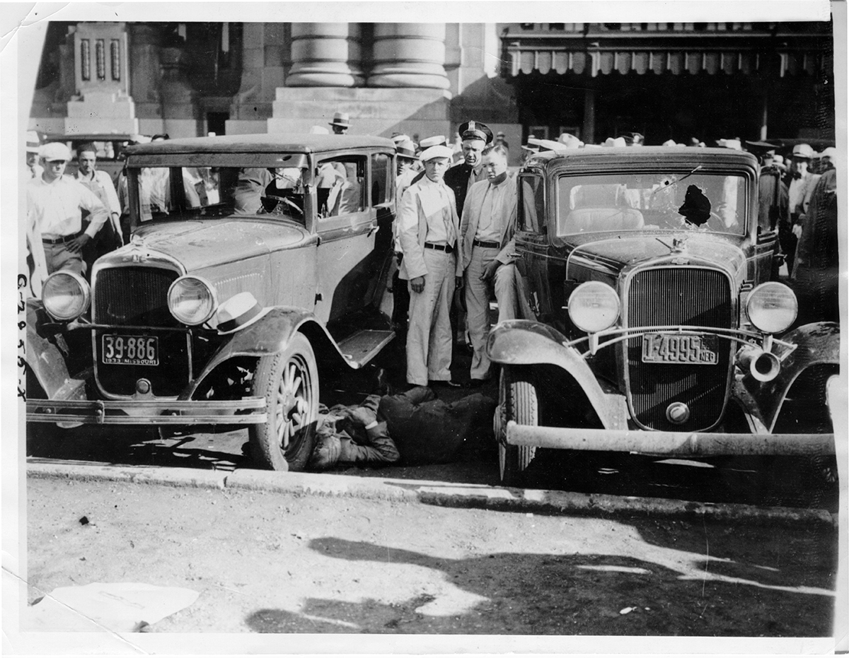 Cars and victims of the Union Station Massacre