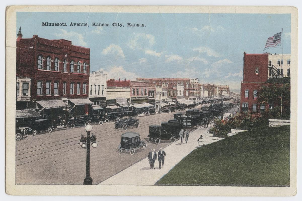 Postcard of Minnesota venue in downtown Kansas City, Kansas