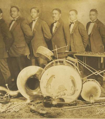 Eblon Theater Orchestra with James Scott