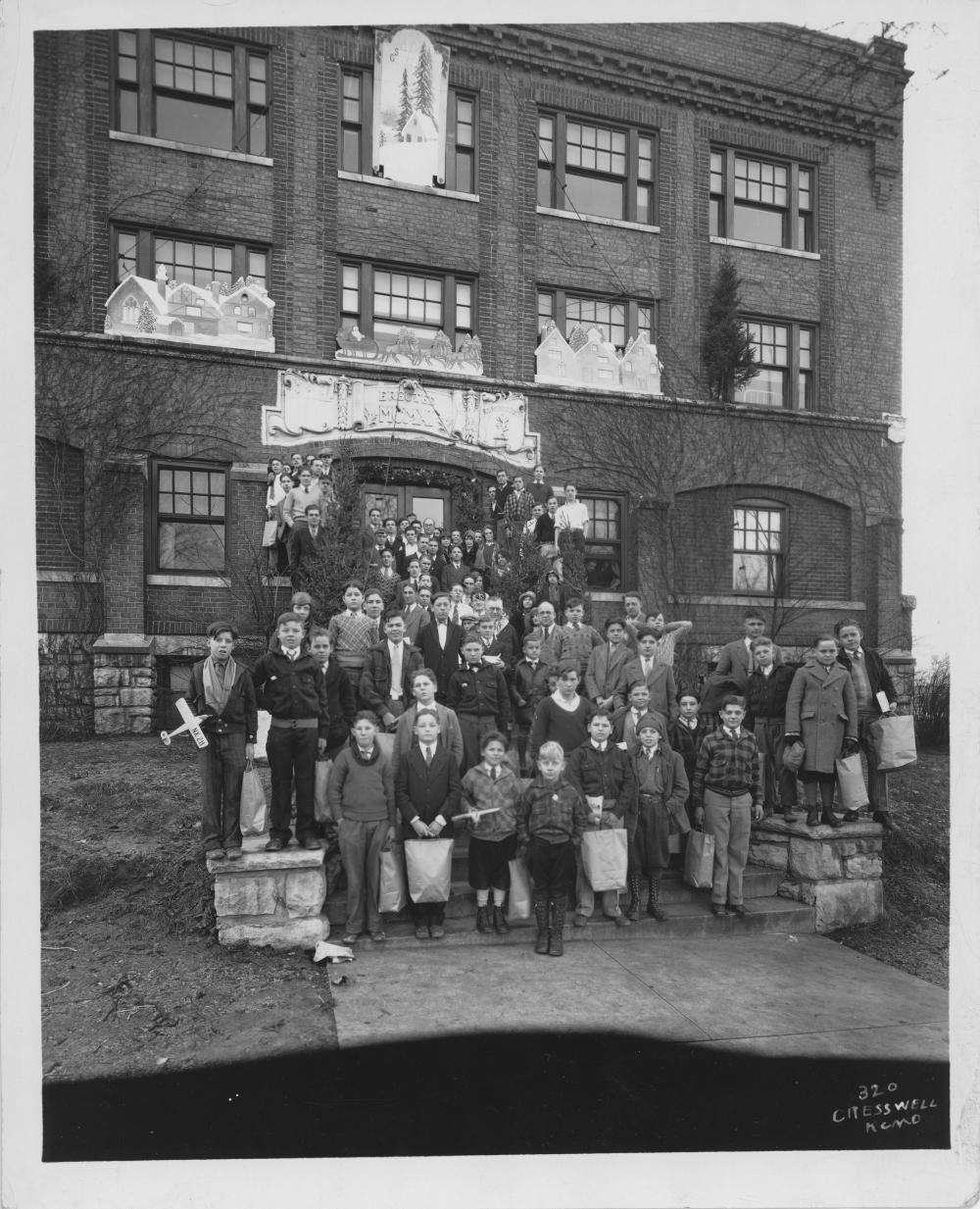Main Building Group Pictures: Group Of Boys At Boys Hotel Main Building